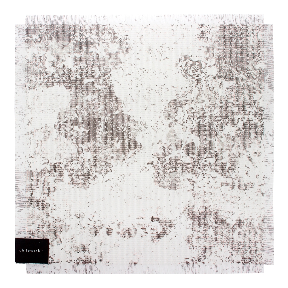 Салфетка подстановочная, винил, (38х39) Black&amp;White CHILEWICH Faded Floral арт. 100382-001Сервировка стола<br>длина (см):38материал:винилпредметов в наборе (штук):1страна:СШАширина (см):39.0<br>