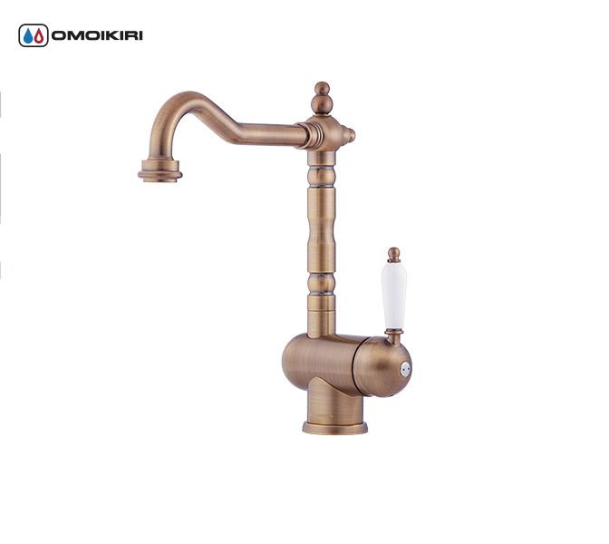 Смеситель для кухни OMOIKIRI Kyoto-B (OKY-AC-35)Классический дизайн<br>Смеситель для кухни OMOIKIRI Kyoto-B (OKY-AC-35)<br><br><br>Классический дизайн и удобство использования, благодаря высокому изливу;<br>Высококачественная латунь без содержания свинца сохранит воду чистой и здоровой;<br>Аэратор произведен из пластика, благодаря чему на нем никогда не появится известкового налета и ржавчины;<br>Коробка внутри проложена поролоном, который обеспечит сохранность изделия при транспортировке;<br>Полный набор креплений, соединительных шлангов, подробная инструкция и гарантийный талон в комплекте.<br><br>Обзор смесителей OMOIKIRI<br><br>Официальный дилер OMOIKIRI™<br>