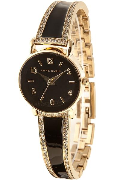 Anne Klein 1028BKGB - женские наручные часы из коллекции CrystalAnne Klein<br><br><br>Бренд: Anne Klein<br>Модель: Anne Klein 1028 BKGB<br>Артикул: 1028BKGB<br>Вариант артикула: None<br>Коллекция: Crystal<br>Подколлекция: None<br>Страна: США<br>Пол: женские<br>Тип механизма: кварцевые<br>Механизм: None<br>Количество камней: None<br>Автоподзавод: None<br>Источник энергии: от батарейки<br>Срок службы элемента питания: None<br>Дисплей: стрелки<br>Цифры: арабские<br>Водозащита: WR 30<br>Противоударные: None<br>Материал корпуса: не указан, PVD покрытие: позолота (полное)<br>Материал браслета: не указан, полное дополнительное покрытие<br>Материал безеля: None<br>Стекло: минеральное<br>Антибликовое покрытие: None<br>Цвет корпуса: None<br>Цвет браслета: None<br>Цвет циферблата: None<br>Цвет безеля: None<br>Размеры: 24x8 мм<br>Диаметр: None<br>Диаметр корпуса: None<br>Толщина: None<br>Ширина ремешка: None<br>Вес: None<br>Спорт-функции: None<br>Подсветка: None<br>Вставка: кристаллы Swarovski<br>Отображение даты: None<br>Хронограф: None<br>Таймер: None<br>Термометр: None<br>Хронометр: None<br>GPS: None<br>Радиосинхронизация: None<br>Барометр: None<br>Скелетон: None<br>Дополнительная информация: None<br>Дополнительные функции: None