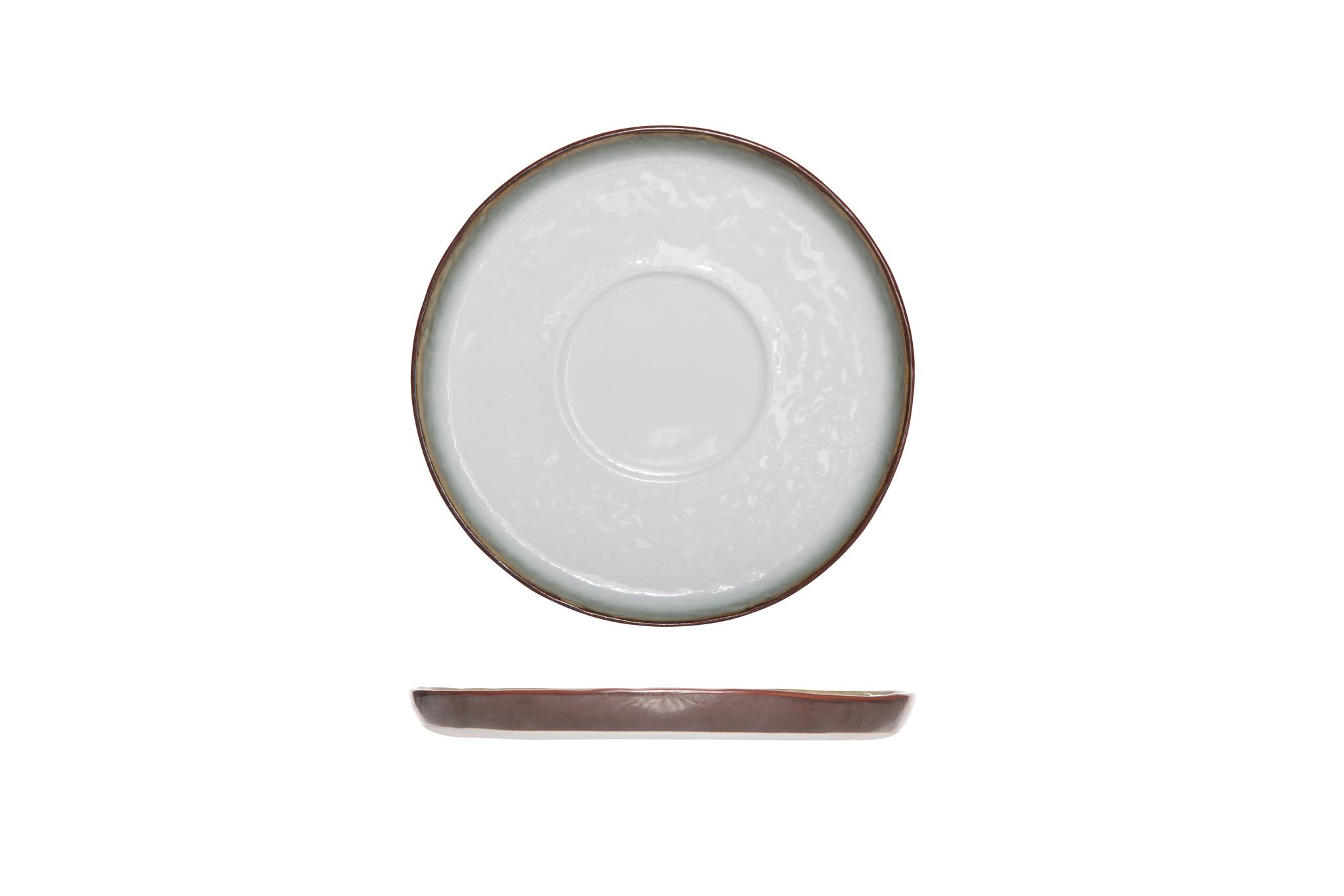 Блюдце 15 см COSY&amp;TRENDY Plato 9580554Тарелки<br>Блюдце 15 см COSY&amp;TRENDY Plato 9580554<br><br>COSY&amp;TRENDY новаторский бренд в области бытовых изделий. Бренд отражает как и инновации, так и современный дизайн. Коллекция PLATO выполнена из высококачественной керамики. Коллекция включает в себя тарелки, миски, чашки и кружки. Дизайн навеян восточной культурой. Коллекция имеет органическую текстуру и светло-темный контраст.<br>