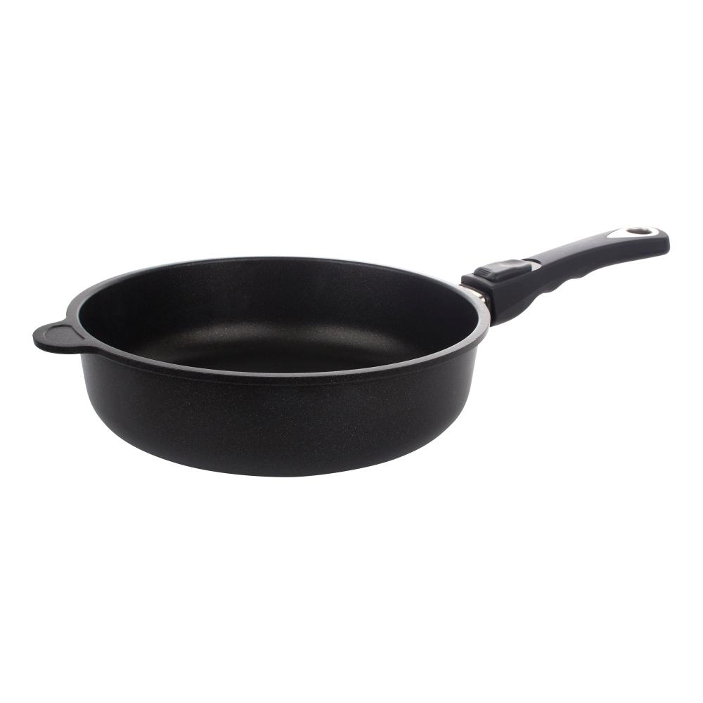 Сковорода глубокая 24 см, съемная ручка, AMT Frying Pans Titan арт. AMT I-724Сковороды<br>Сковорода глубокая 24 см, съемная ручка, AMT Frying Pans Titan арт. AMT I-724<br><br>высота (см): 7.0диаметр (см): 24.0толщина дна (см): 1,0крышка: нетматериал: алюминийпокрытие: антипригарноепредметов в наборе (штук): 1ручки: съемныестрана: Германиятип варочной поверхности: все типы поверхностей<br>Серия Frying pans — это совершенно новое поколение алюминиевых сковород. Благодаря титановому покрытию нет никаких ограничений для приготовления пищи – на ней можно жарить, тушить или запекать, при этом вкус и качество приготавливаемых блюд останутся безупречно высокими, а сами блюда сохранят все полезные свойства.<br>Особая инновационная технология производства сковород этой серии гарантирует надежность и долговечность их использования. Серия FRYING PANS предназначена специально для индукционных плит, а, следовательно, она незаменима на современных кухнях, оборудованных по последнему слову техники.<br>Наличие съемной ручки обеспечивает сковородам этой серии двойную функцию: они могут быть использованы как по традиционному назначению, так и в качестве форм для запекания, а разные диаметры и различная глубина изделий позволяют готовить как большое количество пищи, так и блюда небольшого объема.<br><br>Официальный продавец AMT<br>