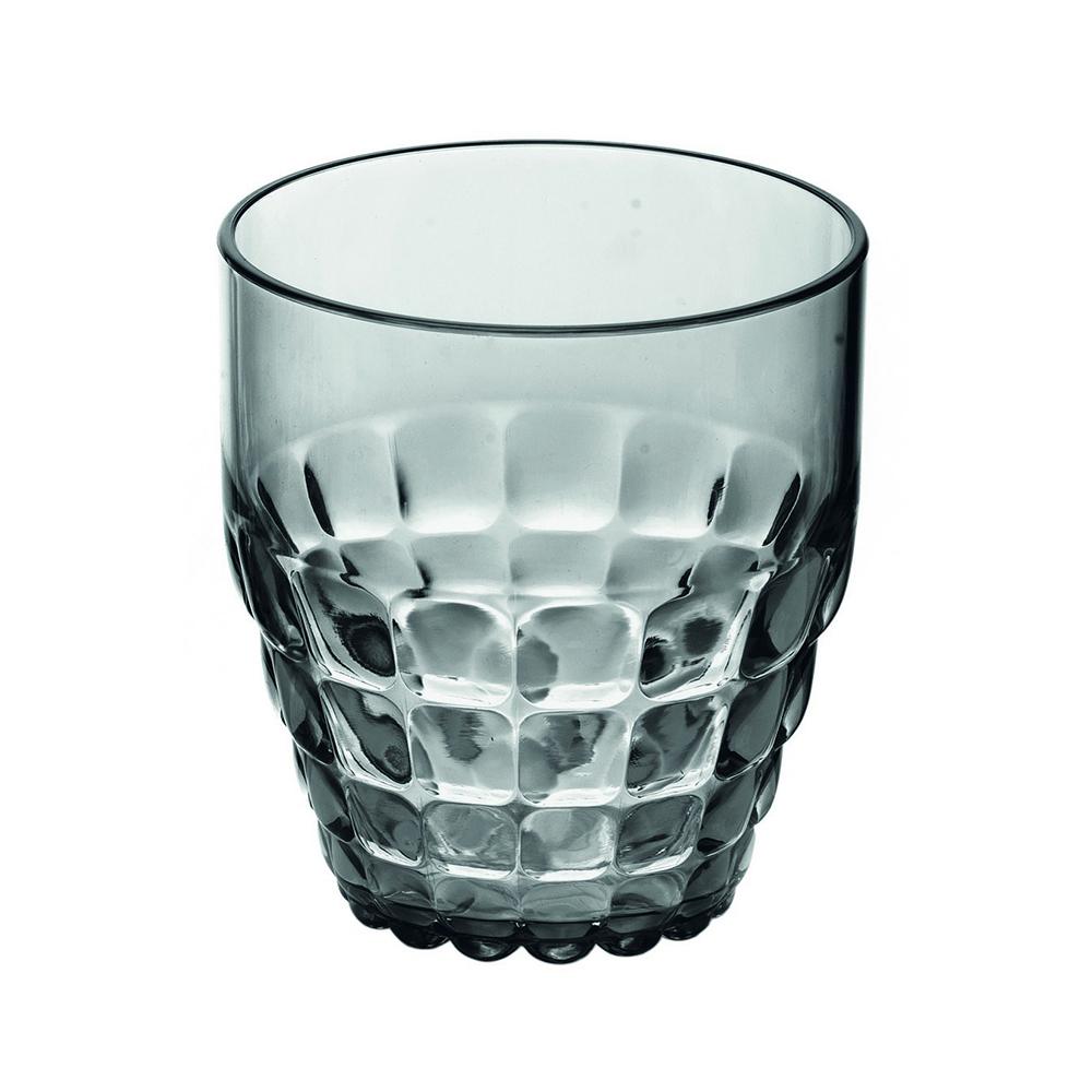 Стакан Guzzini Tiffany серый 22570092Бокалы и стаканы<br>Стакан Guzzini Tiffany серый 22570092<br><br>Легкий и яркий дизайн стаканов Tiffany будто намекает на освежающие лимонады, бодрящие соки и цитрусовые коктейли. Отличается конической формой и прозрачным материалом, который придает стаканам характерный блеск. Сверкающий эффект усиливается на солнечном свету, поэтому стаканы станут отличным решением для подачи напитков на свежем воздухе. Идеально подойдут для использования каждый день - добавят яркий акцент пространству кухни или гостиной.  Объем - 350 мл. Изготовлены из высококачественного органического стекла, устойчивого к износу и повреждениям. Не содержат вредных примесей и бисфенола-А. Можно мыть в посудомоечной машине.<br>Официальный продавец<br>