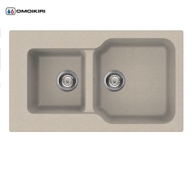 Кухонная мойка из искусственного гранита (Tetogranit) OMOIKIRI Maru 86-2-SA (4993286)Кухонные мойки из искусственного гранита<br>Кухонная мойка из искусственного гранита (Tetogranit) OMOIKIRI Maru 86-2-SA (4993286)<br><br><br><br><br><br>Преимущества моек из Tetogranit<br><br><br><br><br><br><br><br><br>Устойчива к царапинам<br>Устойчива к ударам<br>Не впитывает запахи<br>Не окрашивается от продуктов<br><br><br><br><br>TETOGRANIT на 80% состоят из гранитной крошки и на 20% из акриловой смолы. Кухонные мойки из композитного материала TETOGRANIT, обладают специфическими свойствами и особыми характеристиками. Ему свойственна высокая надежность, однородная структура, а также устойчивость к воздействию различных химических веществ.В состав акриловой смолы входят ионы серебра, которые препятствуют размножению бактерий на поверхности мойки.<br>TETOGRANIT имеет превосходную сопротивляемость к ударам и царапинам.Мойка прослужит долгие годы, сохранив первоначальный вид.<br>Компания OMOIKIRI обладает уникальной инновационной системой производства: T.P.S. (TETOGRANIT Production System).Новая технология была запатентована компанией OMOIKIRI в 2014 году. Данную технологию можно смело считать самой прогрессивной среди производителей продукции из утверждающихся композиционных материалов в кухонном сегменте.<br>Комплектация:<br><br>крепления;<br>донный клапан (автоматический донный клапан приобретается отдельно);<br>сифон.<br><br><br><br><br><br>Руководство по монтажу<br><br><br><br>Официальный сертифицированный продавец OMOIKIRI™<br>