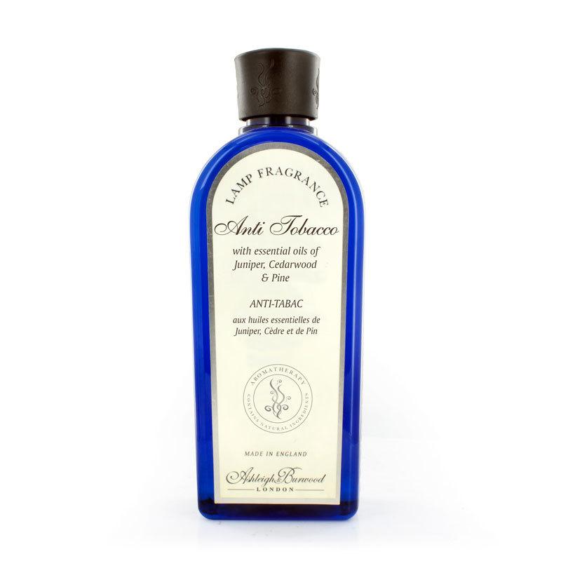 Аромат для ламп Антитабак (Можжевельник, Кедр, Сосна) 500 мл (Ароматы для Аромаламп)Ароматы для Аромаламп<br>Устраните нежелательные запахи деликатно и натуральным способом. Этот свежий аромат является сочетанием хвойных ноток можжевельника, кедра и сосны, которые легко и эффективно нейтрализуют запахи в вашем доме.<br>Правила обращения с продукциейAshleigh&amp;Burwood<br>