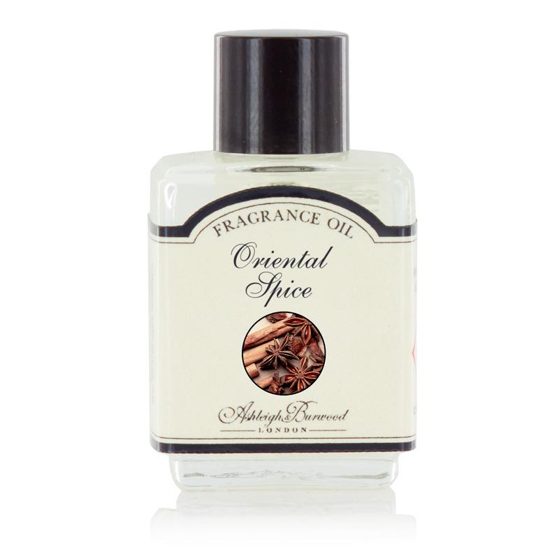 Ароматическое масло Восточные специи (Масла для ламп-горелок)Масла для ламп-горелок<br>Пряный запах аниса, согретый нотками муската и корицы и уравновешенный толикой гвоздики и имбиря.<br><br>Информация по использованию масляных ламп:<br><br>Добавьте несколько капель выбранного вами ароматического масла Ashleigh &amp; Burwood в чашу горелки и добавьте воды.<br>Поставьте невысокую свечку в лампу под чашу горелки.<br>Осторожно зажгите свечку, и пламя нагреет чашу, наполняя комнату прекрасным ароматом.<br><br>Не применяйте масло без добавления воды! Нарушение правил использования может привести к брызгам, задымлению или возгоранию.<br>