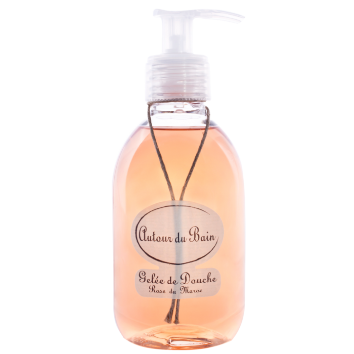Гель для ванны и душа Гели и масла для ванны и душа<br>Гель для душа Rose du Maroc / Марокканская роза 250 мл<br>Фруктовое и нежное начало, затем - вспышка интенсивных и воздушных розовых нот, которые сменяются древесными и мускусными ароматами.<br>Нежные гели растительного происхождения могут быть использованы как для душа, так и для ванны для полного погружения в мир ароматов.<br>Используйте небольшое количество геля для ароматной и в то же время насыщенной и густой пены, которая сохраняет природное увлажнение и упругость кожи.<br>