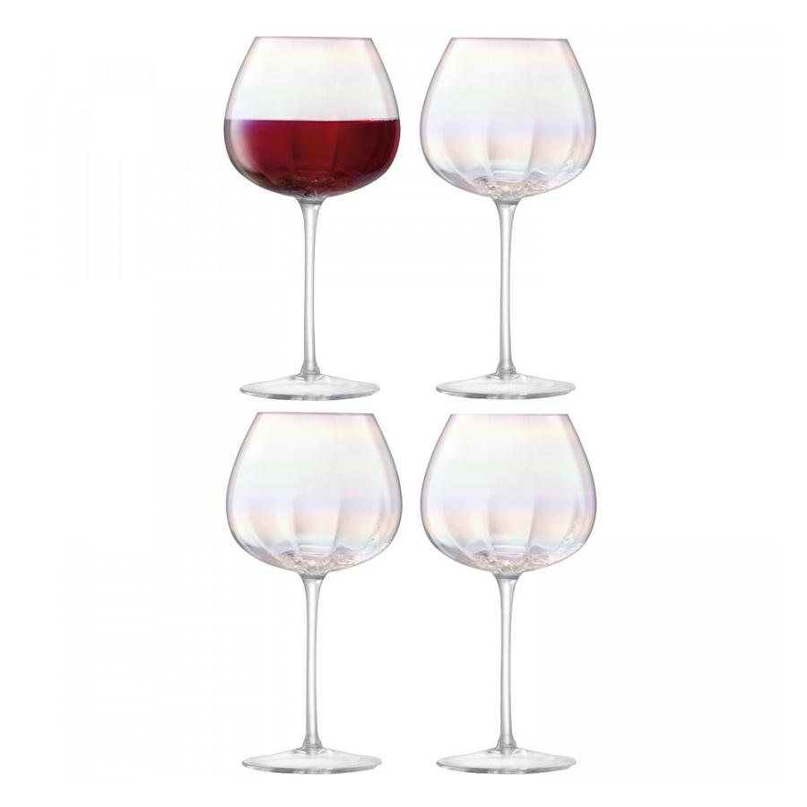 Бокал для красного вина Pearl 4 шт. LSA G1332-16-401Бокалы и стаканы<br>При создании коллекции Pearl дизайнеры вдохновлялись природной красотой натурального жемчуга: перламутровое мерцание, совершенство форм, тонкая работа и деликатная игра света. Сет из 4-х бокалов для красного вина ручной работы упакован в красивую коробку и станет великолепным подарком на любой праздник.<br>