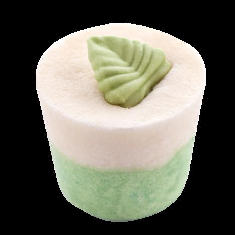 Крем-десерт для ванны Verveine Citronne / Вербена Лимонная (Кексы и десерты для ухода за кожей)Кексы и десерты для ухода за кожей<br>Десерт-сливки для 1 или 2 приемов ванны или душа.<br>Коллекция продуктов с маслами какао и ши, которые могут быть использованы как в ванной, так и в душе для невероятно нежной кожи… Угощение для кожи тела с тонким ароматом, которое оставляет ее мягкой и увлажненной.<br>Эти продукты созданы, чтобы успокоить даже самую сухую кожу. Это средство для естественного питания и увлажнения тела изготавливается полностью вручную в ателье Autour Du Bain в Тулузе.<br>Этот продукт с выраженным увлажняющим эффектом может быть использован как при принятии ванны, так и в душе.<br>Во время принятия ванны: дайте ему полностью или частично раствориться (в случае, когда вы достаете из воды, оно перестает растворяться). Кожа не только смягчается, но и глубоко увлажняется.<br>В душе: после использования геля для душа или мыла Autour Du Bain подставьте «кекс» под воду, он начнет пузыриться, нанесите его на кожу и быстро смойте. Кожа увлажняется и обретает шелковистость, как после использования крема для тела. Это позволяет ей сохранять упругость и эластичность в течение 48 часов.<br>Вы почувствуете мгновенное увлажнение!<br>Не употреблять в пищу. Хранить в недоступном для детей месте.<br>