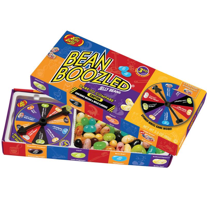 Bean Boozled Game (невкусные конфеты с игрой) 100 г.Bean Boozled<br>Bean Boozled это Русская рулетка! Каждая коробка заполнена, как и очень вкусными конфетками, так и конфетками с очень странными вкусами. Загвоздка лишь в том, что вы не знаете, что получите, пока не попробуете.<br>В каждой коробке 16 вкусов, 8 из них необычайно вкусных и 8 откровенно странных. Например, вы никогда не узнаете заранее что получите свежий лайм или газон; кокос или детский подгузник; сочный персик или рвота.<br>В каждой коробке лежит примерно 90 бобов и диск с вращающейся стрелкой. Вы так же можете заказать запасные пакетыиликоробки.<br><br>Вкусный или противный? Есть лишь один способ узнать!<br>Кондитеры Jelly Belly создали удивительные бобы Bean Boozled. В каждой упаковке есть 8 различных стилей бобов, у каждого стиля есть по два аромата либо супервкусный, либо сводящий с ума своей мерзостью. Помните, что обе конфетки одного стиля выглядят и пахнут совершенно одинаково!<br>Например, очаровательная голубая конфетка может быть со вкусом голубики или зубной пасты, а белая конфетка с желтыми пятнами может быть со вкусом попкорна или со вкусом протухшего яйца… Незнание того, что вам достанется в очередной раз, немало заряжает адреналином!<br>С Bean Boozled вы никогда не узнаете, что перед вами, пока не откусите!<br><br>Агония, боль и реальное весельедля вас и ваших друзей!<br>С BeanBoozled вы получаете коробку безмерного веселья с вашими друзьями. Забавно наблюдать за реакцией друзей или семьи, когда они желая получить вкус сочной груши, медленно пережёвывают боб зеленого цвета, чувствуют вкус соплей…<br><br>Вот список всех вкусов. Предлагаем попробовать все!<br><br><br>Тутти-фрутти или грязные носки<br>Лайм или свежескошенный газон<br>Попкорн с маслом или протухшее яйцо<br>Голубика или Зубная паста<br>Персик или рвота<br>Шоколадный пудинг или собачий корм<br>Сочная груша или сопли<br>Кокос или детский подгузник<br><br><br>Часто задаваемые вопросы<br><br><br><br><br><br>Вопрос: Какие ингре