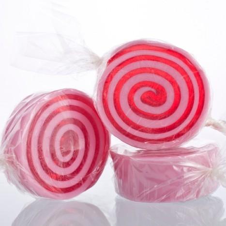 Мыло-конфета Глазированная Груша (Мыло в форме кексов и сладостей)Мыло в форме кексов и сладостей<br>Мыло в форме конфет 45г. Глазированная Груша<br>Не употреблять в пищу<br>Хранить в недоступном месте для детей до 4-х лет<br>