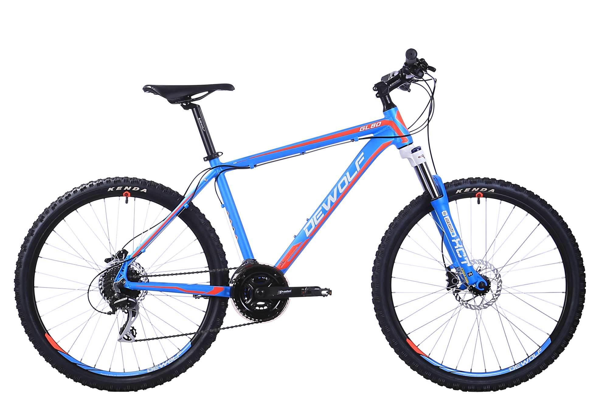 Dewolf GL 80 (2016)Горные<br>Проверенная формула хорошего велосипеда: простая, но надежная навеска, сдержанный, но нескучный дизайн и классические колеса 26 - GL готов, приятно покататься.<br>Легкая и прочная алюминиевая рама, 24 передачи, пружинно-масляная вилка SR Suntour и мощные всепогодные дисковые гидравлические тормоза.<br><br><br>Двойные алюминиевые обода<br>Облегченная алюминиевая рама повышенной прочности<br>Мощные всепогодные гидравлические дисковые тормоза<br>Задний переключатель Shimano Acera<br>24 скорости<br>Вилка с плавным ходом и гидравлической блокировкой хода SR SUNTOUR XCT<br>