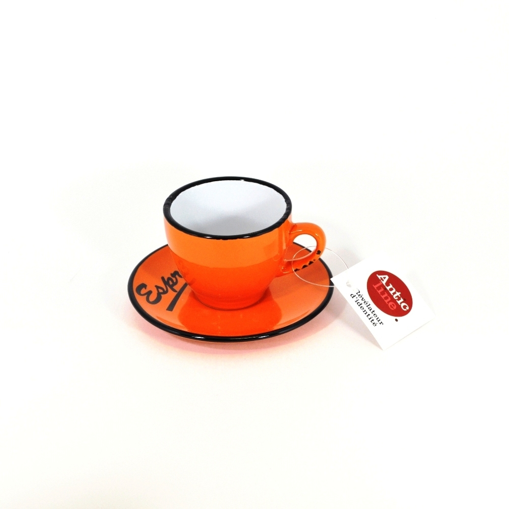 Чашечка эспрессо с блюдцем оранжевая (Фарфор и керамика Antic Line, Франция)Фарфор и керамика Antic Line, Франция<br>Чашечка эспрессо с блюдцем оранжевая<br>Керамика, стилизовано под эмалированный металл<br>Производитель: Antic Line, Франция<br>