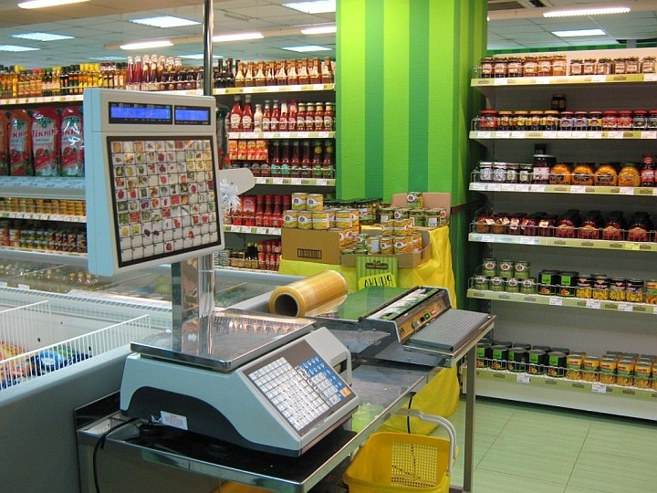 Весы с печатью этикеток для самообслуживания экономят время продавцов