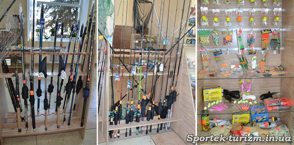 """Удочки в магазине """"Рыбалка и туризм"""""""