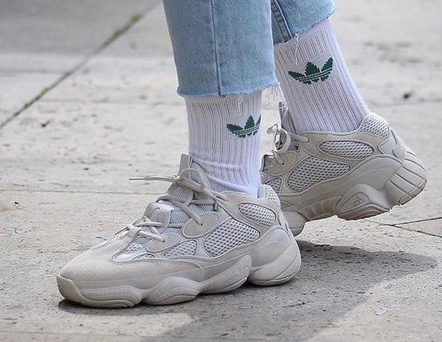 Adidas Yeezy Boost 500 Salt на ноге