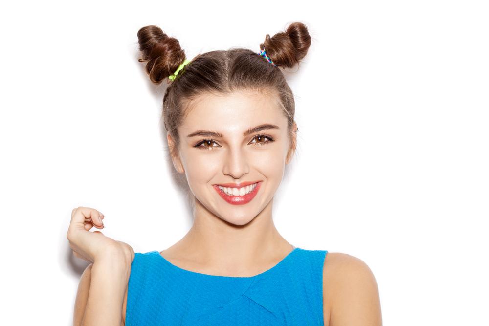 Прическа на длинные волосы для старшеклассницы 1 сентября  HAIRJAZZ