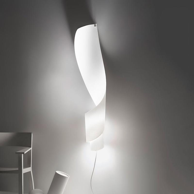 Светильник Oop's 1 от Ingo Maurer