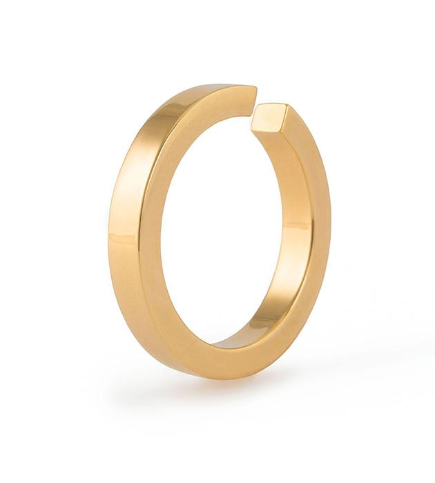 оригинальная моносерьга-кафф от немецкого бренда Ina Beisnner - Kaeli in ear-hoop gold