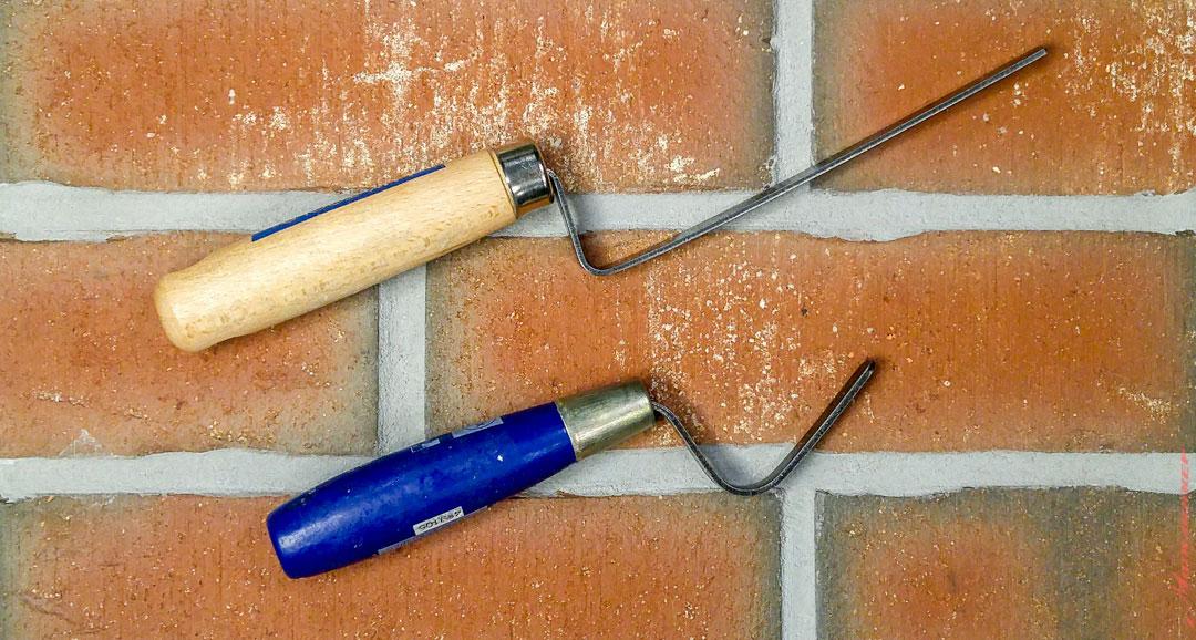 Кельма или мастерок для расшивки или затирки клинкерной плитки