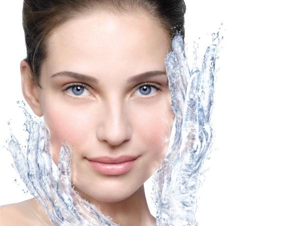 Увлажнение кожи, мифы и правда о ее обезвоживании