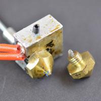Засорилось сопло 3D принтера, забился экструдер, пластик застрял в экструдере
