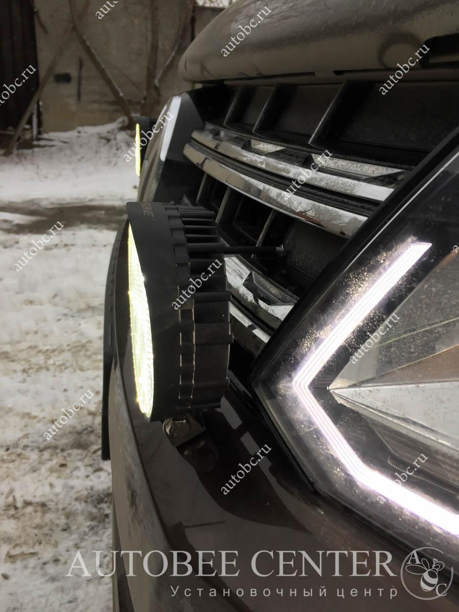 VW Amarok Нештатные туманки установка