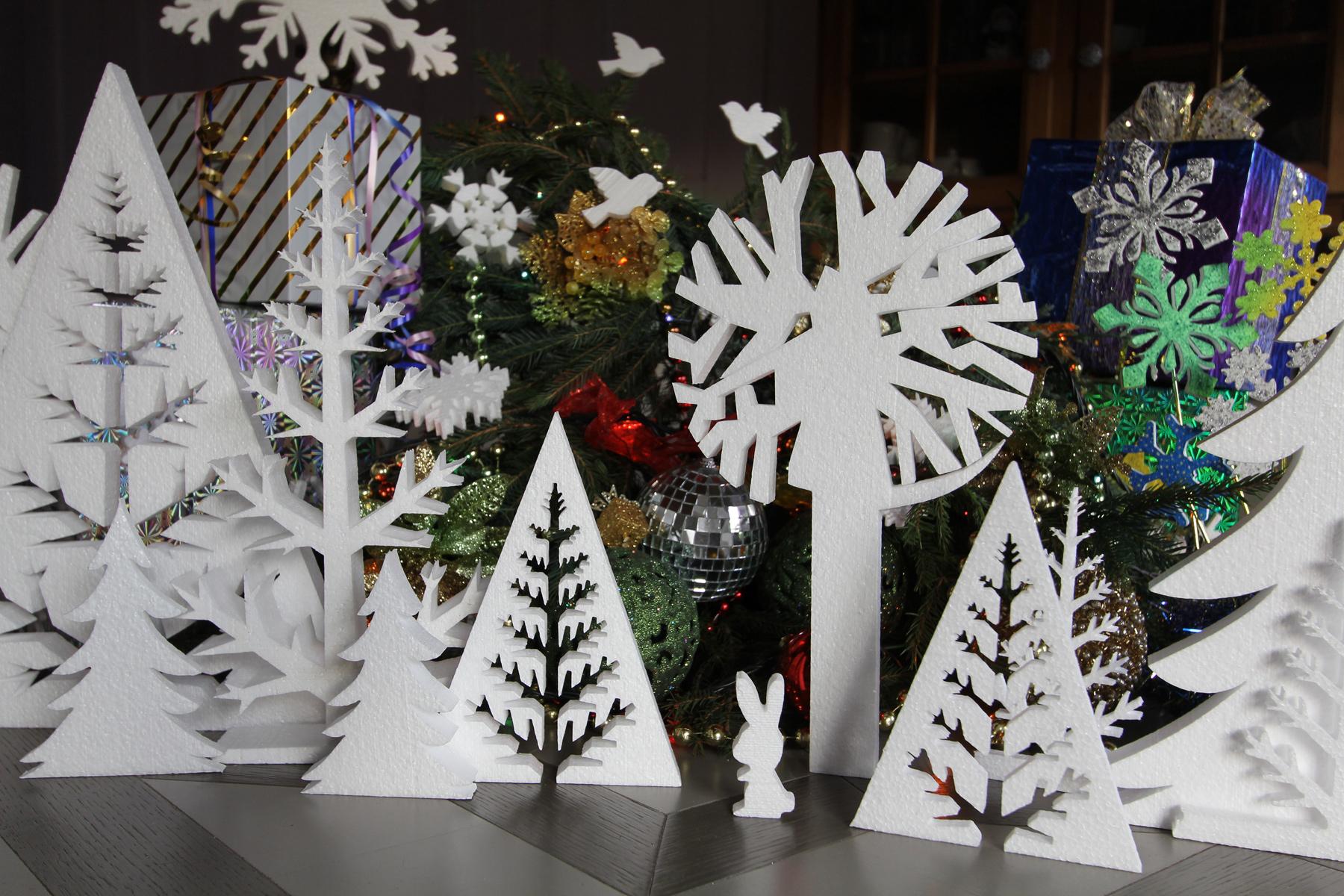 Лес из пенопласта декор на Новый год.