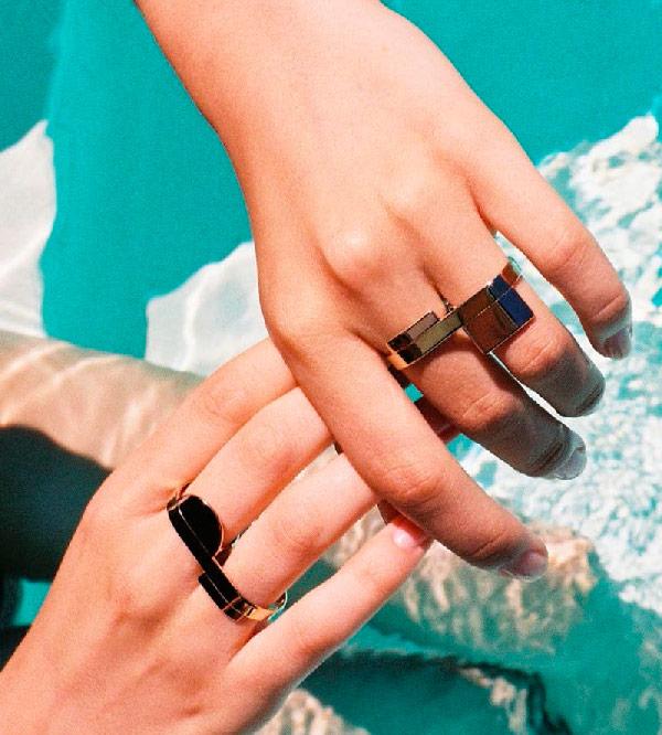 Кольцо-на-2-пальца-Geometry-of-Triangle-and-Rectangle-от-бренда-Anne-Thomas-lookbook.jpg