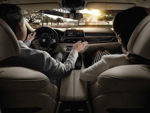 Новинка от BMW по управлению жестами