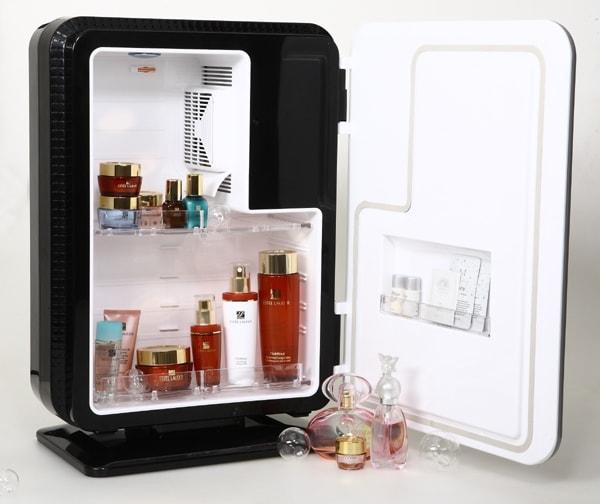 Зачем холодильник косметологу?