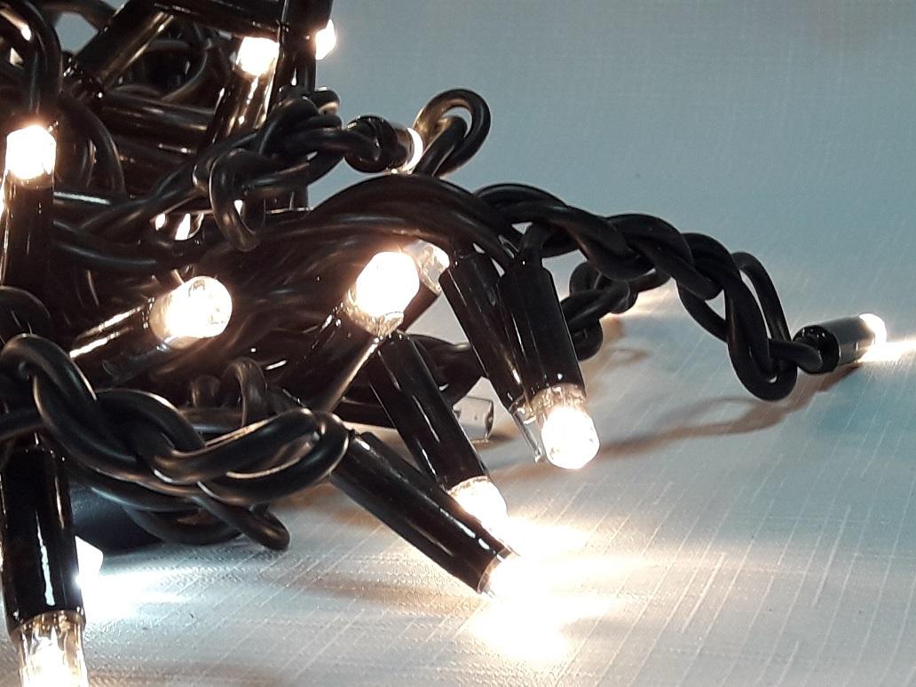 LED бахрома на черном проводе каучук flesh