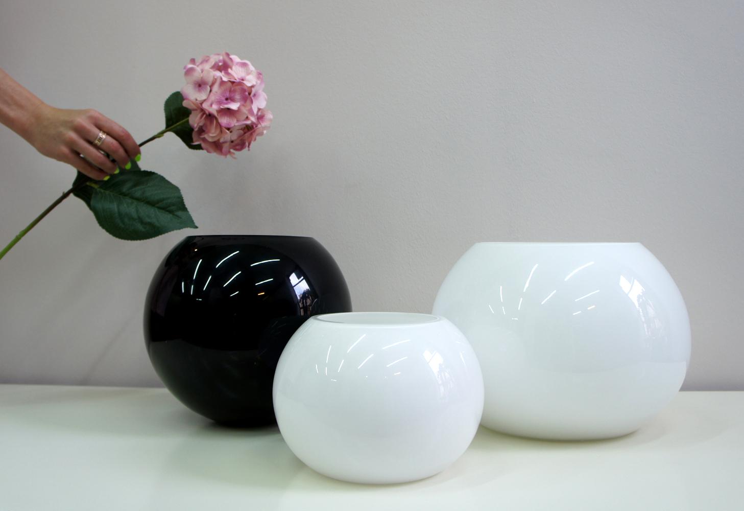 стеклянные вазы шары