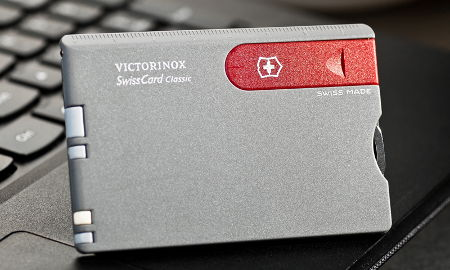 цена Victorinox Swiss Card (0.7106.V)