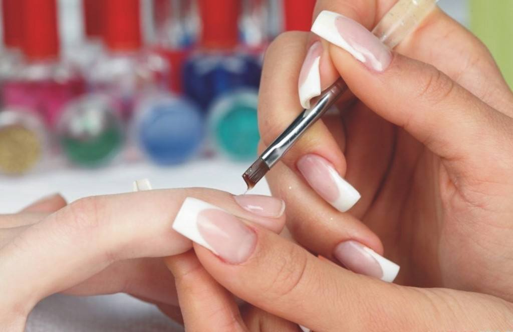 Наращивание ногтей акрилом в домашних условиях