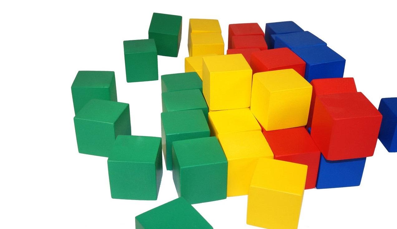 набор кубиков из дерева для детского сада