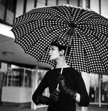 Зонт в стиле 60-х