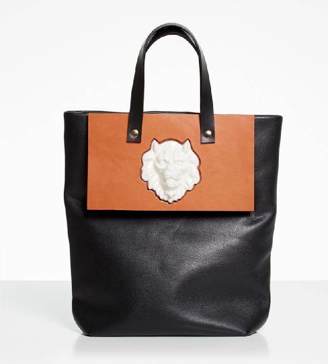 Сумка-шоппер-Lion-Bag-Black-от-Andres-Gallardo.jpg