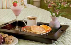 Подносы для завтрака купить в интернет-магазине Нложка