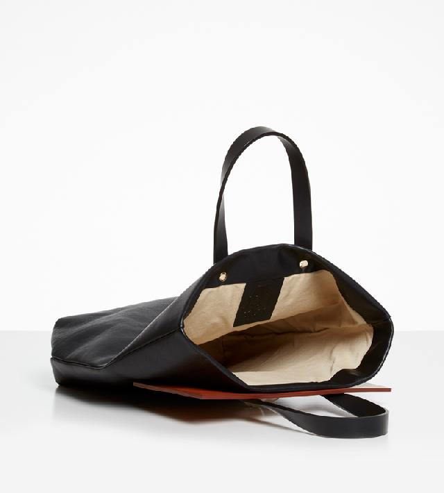 Сумка-шоппер-Lion-Bag-Black-от-Andres-Gallardo-внутри.jpg