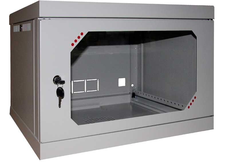 Коммутационный шкаф с замком