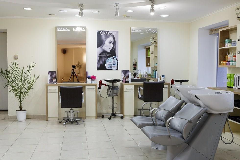 Приобретение готового салона красоты: особенности, «подводные камни» и преимущества