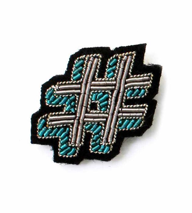необычная брошь ручной работы Hashtag brooch от французского бренда Macon&Lesquoy