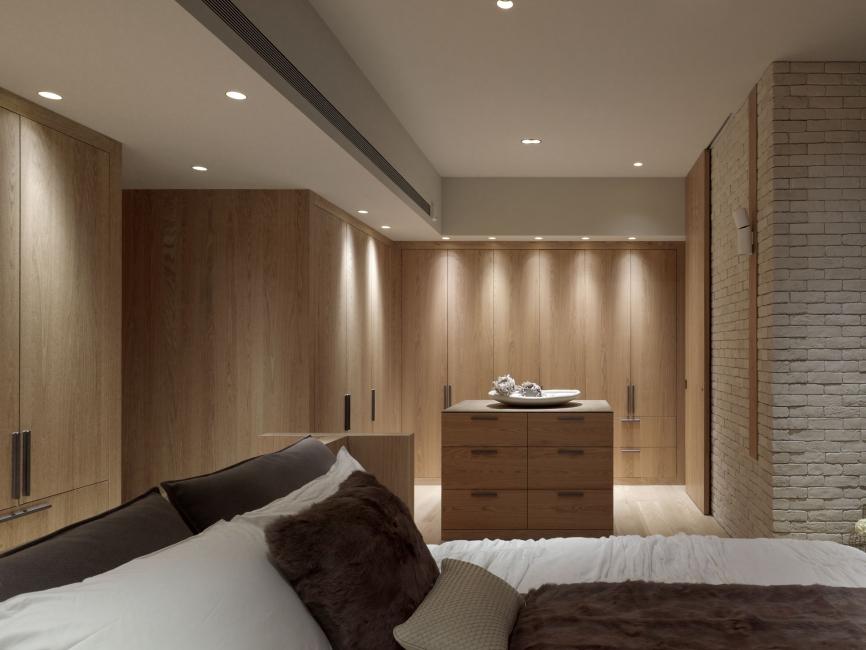 Модели, принадлежащие коллекции DIRO, отличаются алюминиевым корпусом. Это одновременно оригинальные и простые приборы, которые способны вписаться в любое жилое помещение.