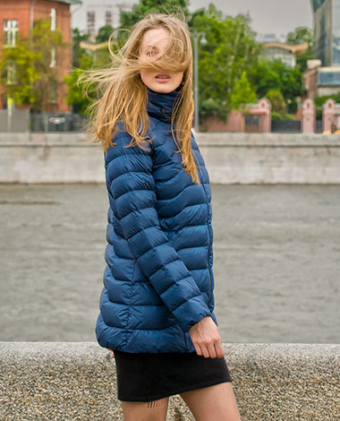 Приталенная пуховая куртка Joutsen из облегченной коллекции