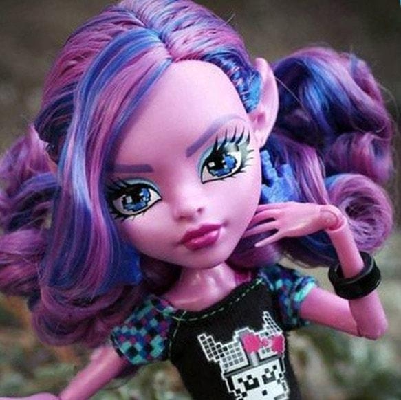 кукла Къерсти Троллсон, Школа Монстров Монстр Хай