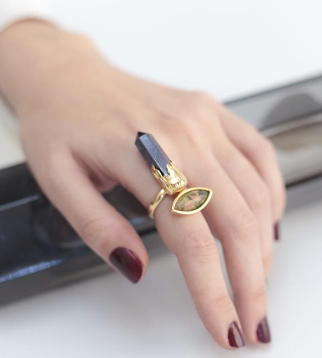 оригинальное кольцо с унакитом и сугилитом Surreal Isi Ring от MAVA HAZE