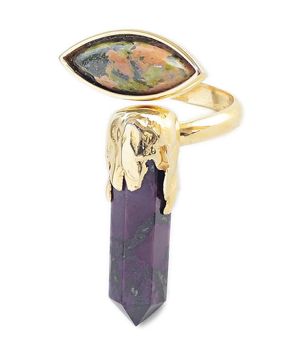 необычное украшения с камнями Surreal Isi Ring от MAVA HAZE