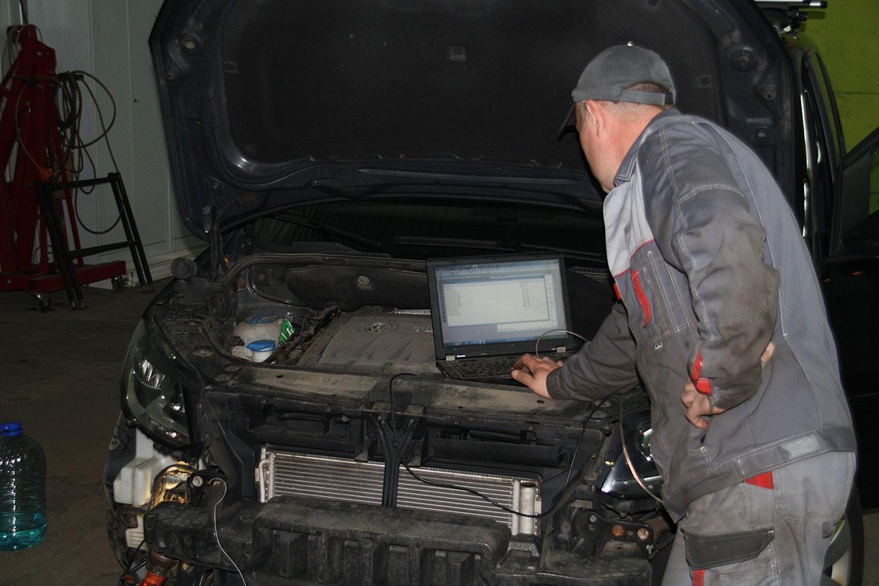 Установка ALTOX WBUS-4 для Webasto на VW Touran 8