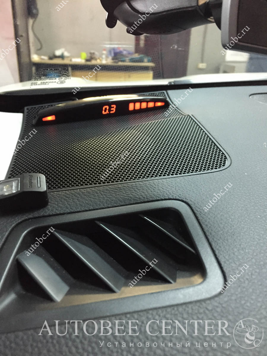 Subaru Forester (передний парктроник)
