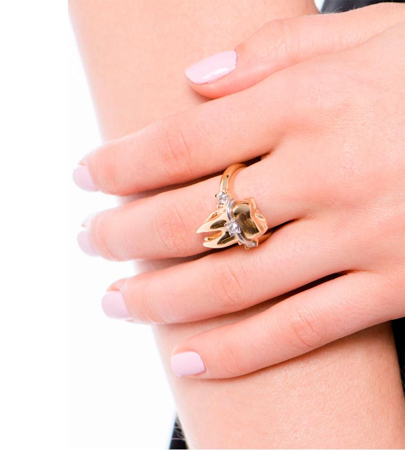 Кольцо-из-позолоченной-латуни-с-кристалами.jpg